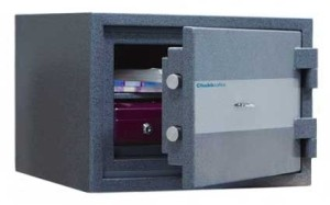 Chubbsafes Elements FIRE 20 Security Safe