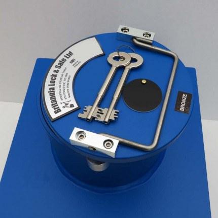 "Britannia Winston CS002 12"" Round Door Bronze Floor Safe £4000 - Key Lock"