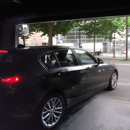 Vialux 9040  in use leaving car park