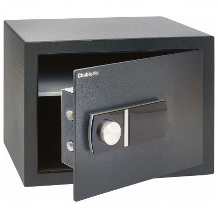 AlphaPlus 3E Door slightly open safe comes with an override key