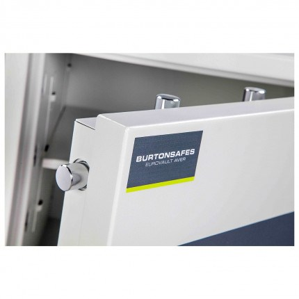 Burton Eurovault 0E Eurograde 3 £35,000 Security Fire Safe - Door Bolts