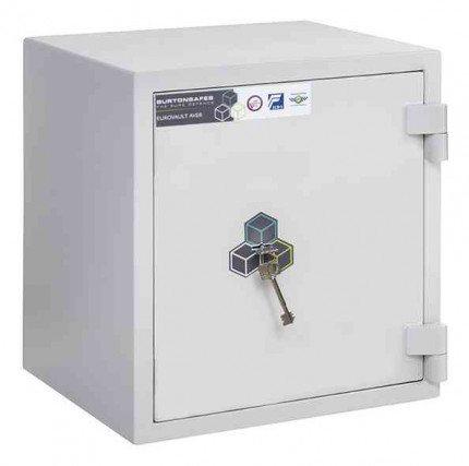 Burton Eurovault Grade 0 Safe Size 1 Key Locking showing the Door Closed
