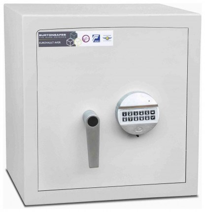 Burton Aver Eurovault 2E Eurograde 1 Electronic Lock Safe - door closed