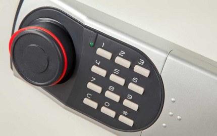 Burton Fire Data Safe 1E - electronic lock detail