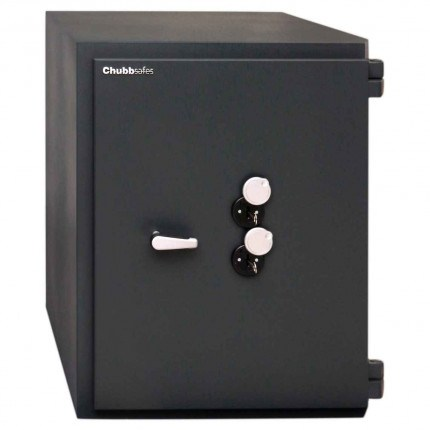 ChubbSafes Custodian 210 EuroGrade 4 Dual Locking Security Safe - door closed