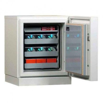 Chubbsafes Data Plus DP1 Fireproof Data Media Safe 120mins - door Open