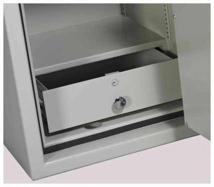Dudley Europa 1 Eurograde 2 with optional locking drawer