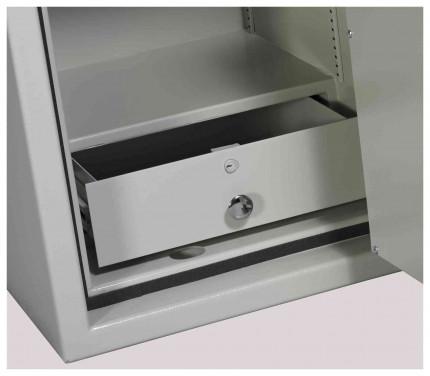 Dudley Europa Size 3 Eurograde 2 with optional locking drawer