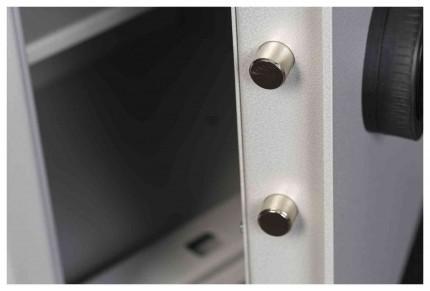 The Extra Large De Raat Vector S2 8K Key Locking Home Security Safe - door bolts