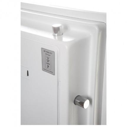 Phoenix Data Combi DS2502F - close up of door bolts