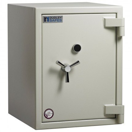 Dudley Europa Eurograde 3 Size 2 Key Lock High Security Safe - closed
