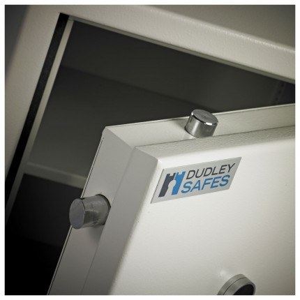 Dudley Europa Eurograde 3 Size 2 Key Lock High Security Safe - bolts