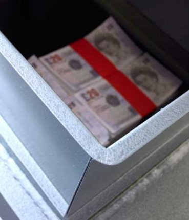 Churchill Bulldog CBS12 showing the door rfully open exposing the cash deposited