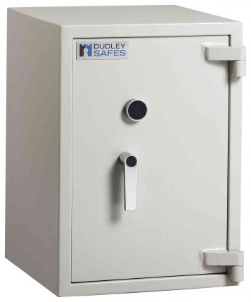 Dudley Harlech Lite S1 Size 2 £2000 Fire Resistant Security Safe - Door closed