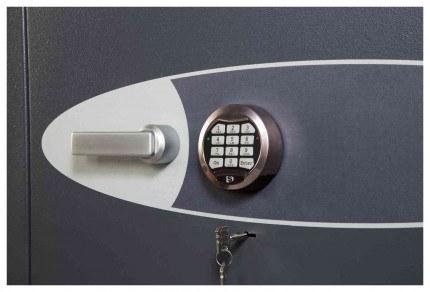 Phoenix Cosmos HS9072E Dual Key & Electronic Locking Eurograde 5 Safe - Lock Close Up