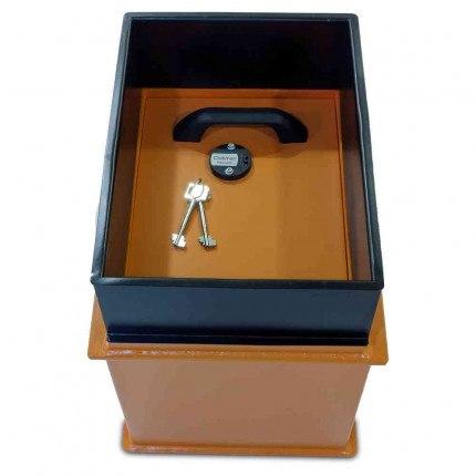 Hydan Clubman Size 1 £6000 Large Capacity Floor Safe - door closed