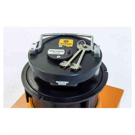 """Hydan Standard 1 £4000 Rated 9"""" Round Door Floor Safe - showing door and keys"""