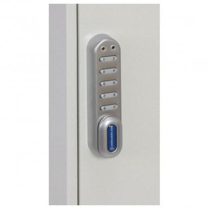Electronic lock on the Phoenix KC0302E