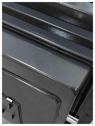 Phoenix Spectrum Plus LS6012FG Champagne Gold Luxury Fire Security Safe - door detail
