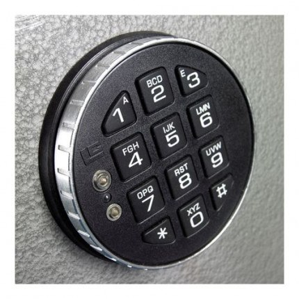 Churchill Magpie M5 Digital Electronic Lock Close Up