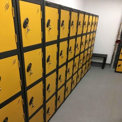 Probe 4 Door Locker 1780mm high yellow doors and black body