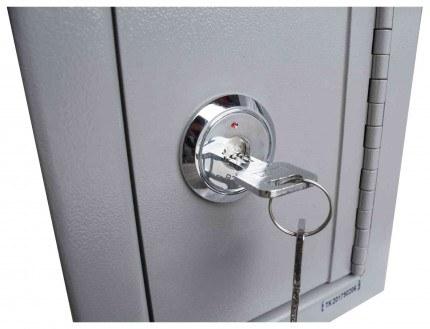 Burton Mini Teller Day Deposit Safe Key Locking  - key lock close up