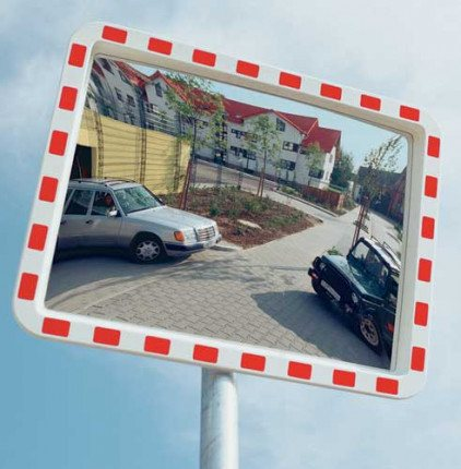 View-Minder 3 - 80x100cm Acrylic Post Mount Convex Traffic Mirror in use