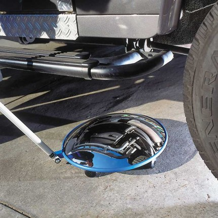 Moravia Vision Convex Inspection 450mm Mirror with Castors in use