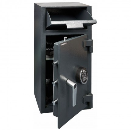 Chubbsafes Omega Deposit Safe Door with deposit entry open, anti fishing device installed to prevent deposits being removed
