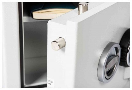 De Raat DRS Prisma 1-0K Eurograde 1 £10,000 Key Lock Safe - door bolts