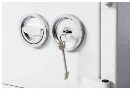 De Raat DRS Prisma 1-0K Eurograde 1 £10,000 Key Lock detail