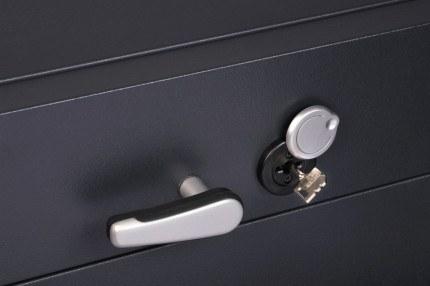 Chubbsafes ProGuard DT200-2 Eurograde 2 Cash Deposit Safe - lock and handle