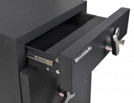 Chubbsafes ProGuard DT200-2 Eurograde 2 Cash Deposit Safe - drawer with key