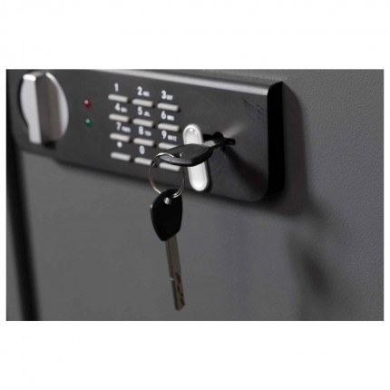 Protector Sirius Laptop Security Safe - Digital Lock Close-up with Override Key