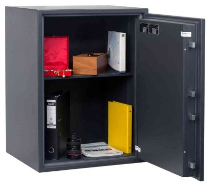 Chubbsafes Senator G1-M4E Eurograde 1 Electronic Fire Security Safe - door openshowing contents
