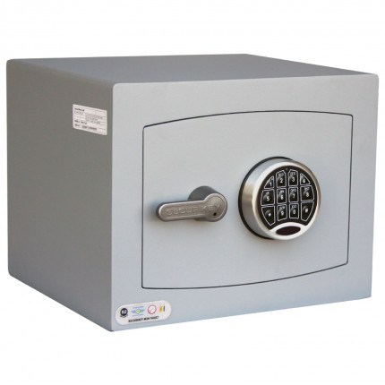 Digital Security Safe - Securikey Mini Vault Silver 1E - door closed