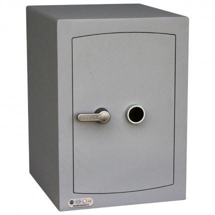 Key Lock Security Safe - Securikey Mini Vault Silver 2K - door closed