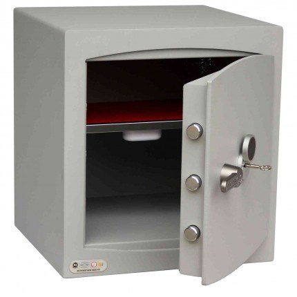 Securikey SFMV-3FRK-G-S2 Mini Vault Gold Key Locking Security Safe - showing cushioned lined interior
