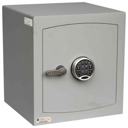 Digital Security Safe - Securikey Mini Vault Silver 3E - door closed