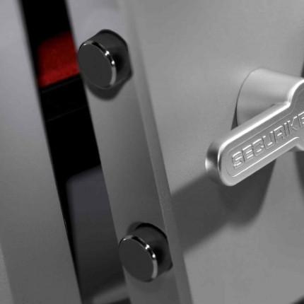 Key Lock Security Safe - Securikey Mini Vault Silver 2K - handle