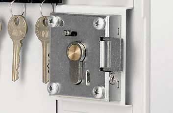 Securikey Key Vault KVP028 Cabinet Euro Lock 28 Key Bunches - Internal view of lock mechanism