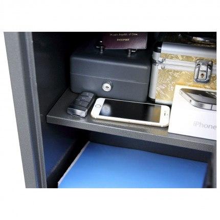 Phoenix Vela SS0802E internal shelf showing capacity