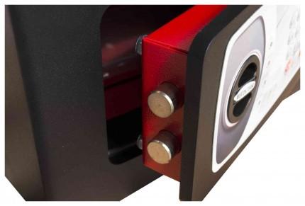 £4000 Cash Digital Security Safe - Burton Torino NMT/3P - door bolts