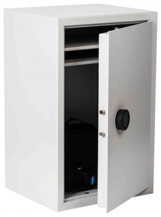The Extra Large De Raat Vector S2 8E £4000 Electronic Security Safe