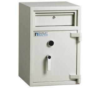 Dudley Hopper CR3000 Size 1 £3000 Cash Deposit Security Safe -door closed