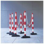 Guarda Set of 6 Red/White Chain Posts 10m Concrete Base