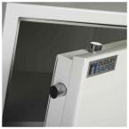 Dudley Europa Eurograde 3 £35,000 Security Safe Size 5 - door close up