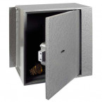Churchill Magpie M3 Key Locking with Door Slightly Open