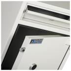 Dudley Hopper CR3000 Size 3 £3000 Cash Deposit Security Safe - close up