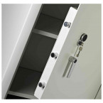 Dudley Multi Purpose Large Key Locking Security Storage Cabinet Size 4 - door bolts detail